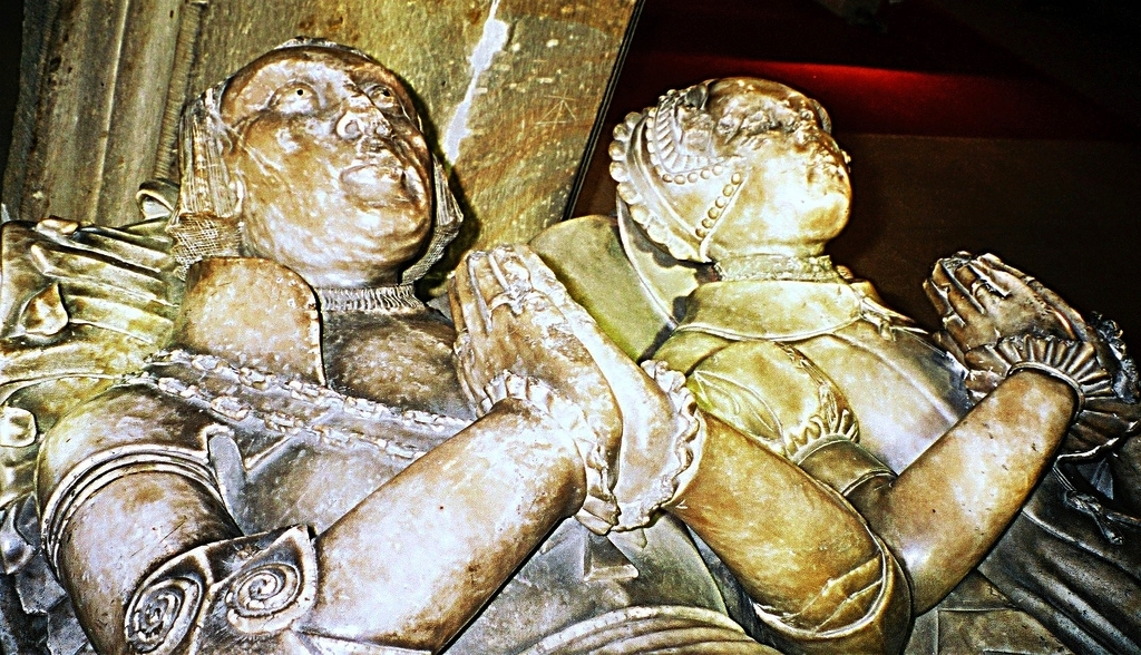 1547 - Sir Robert Scargill (d1532) and his wife