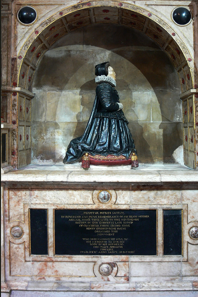 1613 - Monument to Abigail Goldsborough