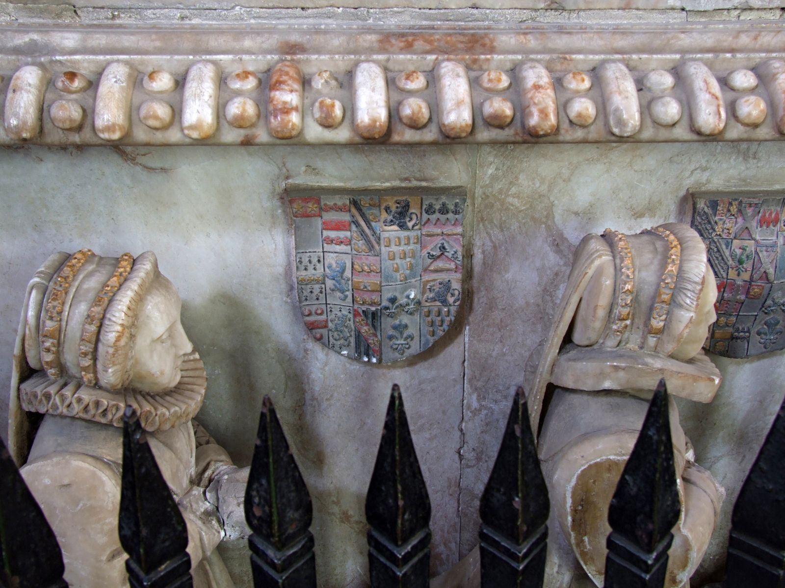 1590 - Monument of Sir William Dormer (died 1575) and wife