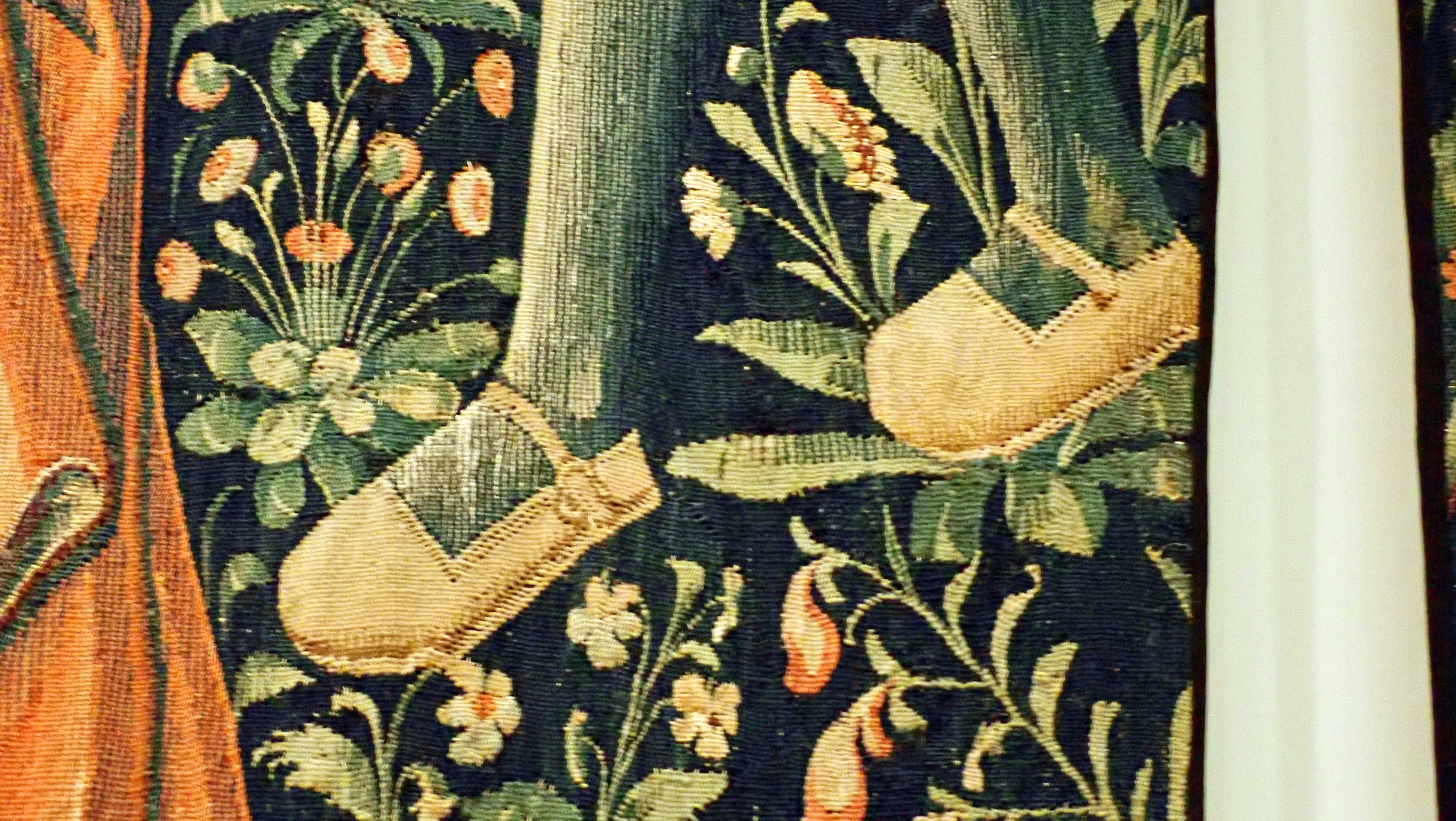 1500 (approx) - Cluny museum - Tapestry from the Seigneurial life series - The Bath