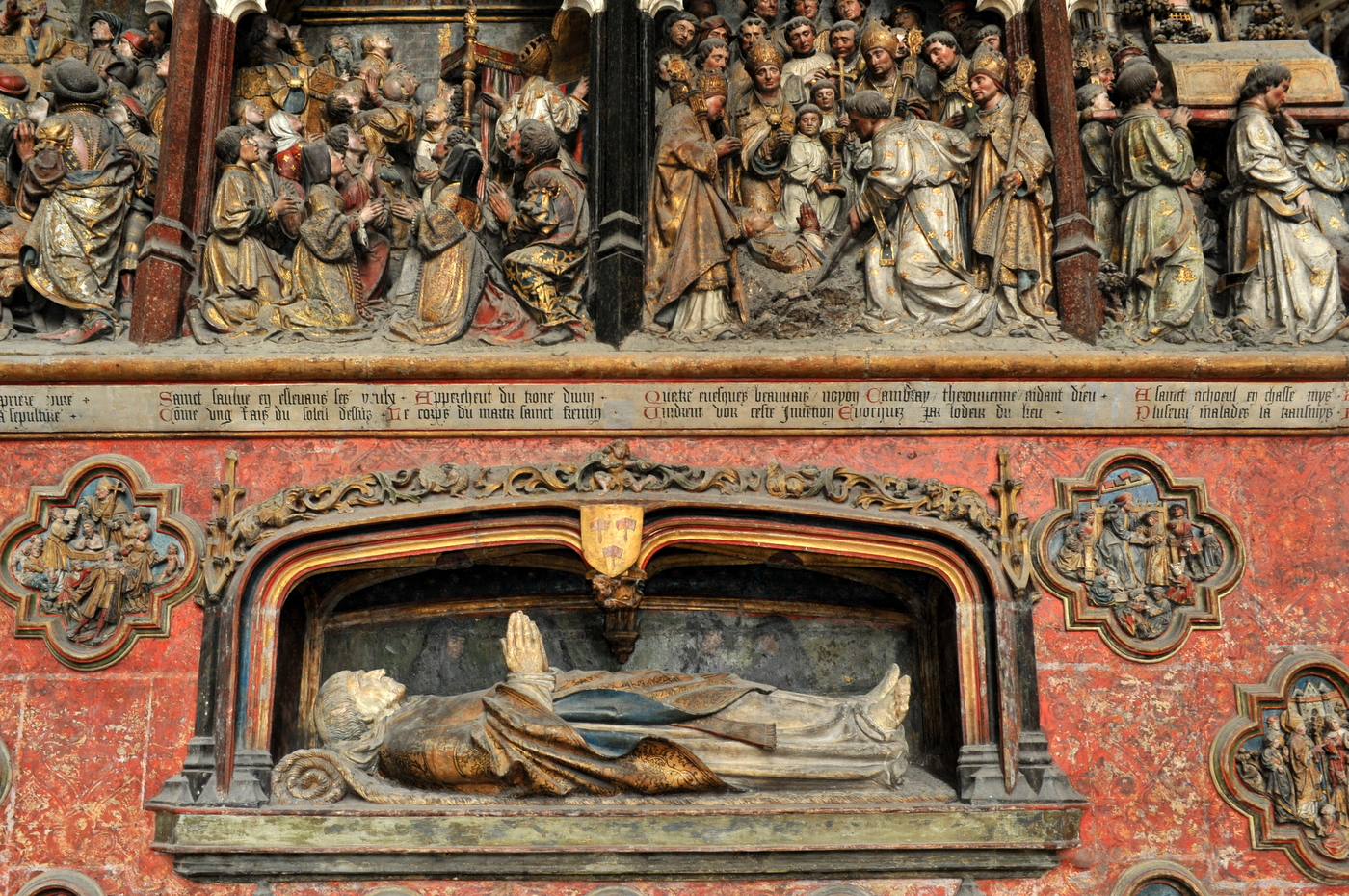 1530 (estimated by date of subject's death) - Gisant d'Adrien de Hénencourt - Cathédrale d'Amiens - http://www.flickr.com/photos/biron-philippe/6276741341/