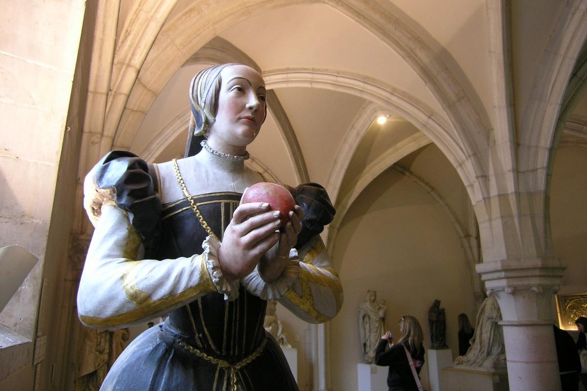 1571 (approx) - Antoinette de Fontette (XVI ème) - http://claude-felix.fr/blog-2/wp-content/uploads/2011/05/P5150424_cr.jpg